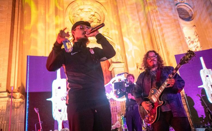 Las mejores fotos del concierto de Dellafuente y Raimundo Amador en la Plaza de las Pasiegas de Granada