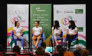El Foro Universo Mujer levanta el telón de un fin de semana de deporte femenino en Granada