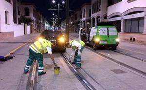 El nuevo contrato para la limpieza de las vías del Metro de Granada está operativo