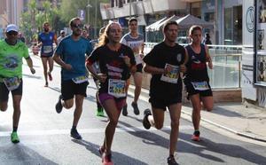 Medio millar de atletas en la 'Carrera 091' de la Policía Nacional