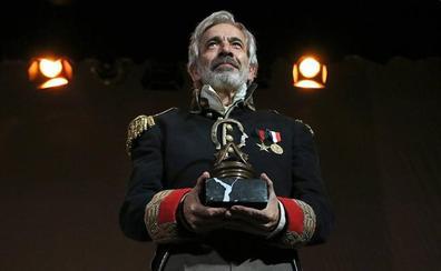 El actor Imanol Arias recibe el Premio Nacional de Teatro 'Antero Guardia'