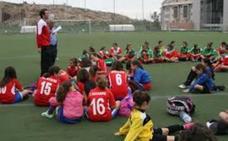 Dos selecciones femeninas de Almería se entrenan en Las Norias
