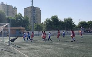 El Almería femenino fue mejor que el Málaga B, pero le 'frenó' la árbitra