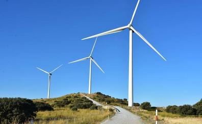 La línea Caparacena-Baza atrae una inversión de 700 millones en proyectos de renovables