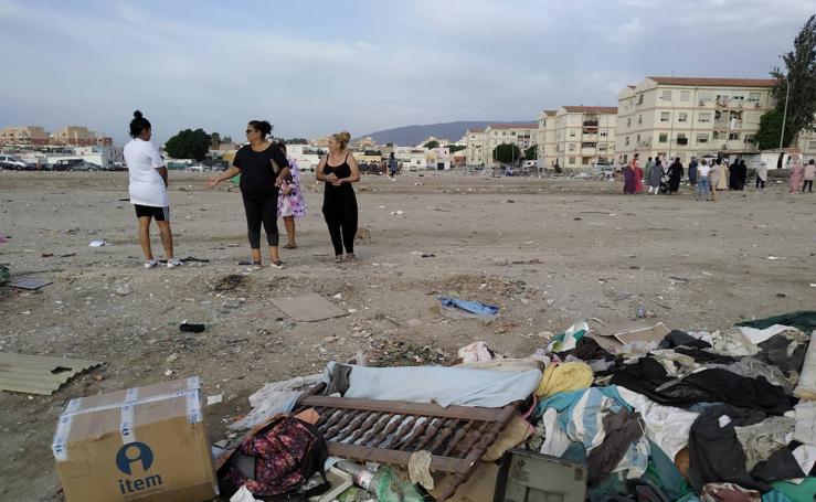 Los vecinos de Puche se alzan contra la basura