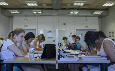 La UGR lanza sus ayudas para estudiantes con problemas económicos, sociales o familiares