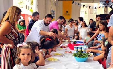 Pequeños jefes de cocina bajo la dirección de Juan Pablo Gámez