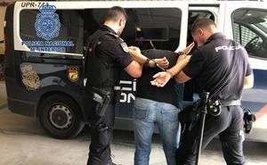 La Policía Nacional destapa el timo del 'Lover Boy' o 'robacorazones': así te pueden dejar sin blanca