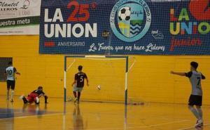 El CD El Ejido golea y ya es líder en solitario antes de debutar en la Copa del Rey