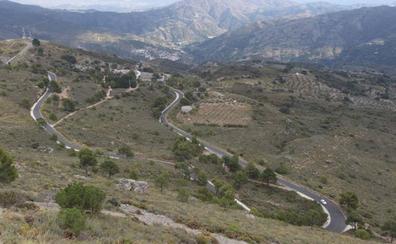 La Junta destinará casi 500.000 euros en asfaltar la carretera de la Cabra a su paso por Almuñécar