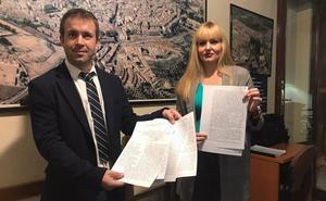 El pleno municipal aprueba iniciar el proceso para licitar los autobuses urbanos