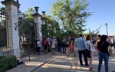 La ausencia de bedeles impidió la apertura del Carmen de los Mártires este domingo