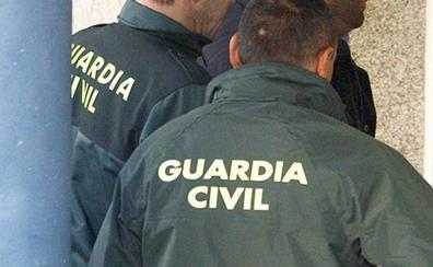 Cazado en un control de la Guardia Civil un delincuente de Granada que estaba en búsqueda y captura