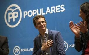 Casado no vino a la Feria por la reunión con Sánchez sobre Cataluña
