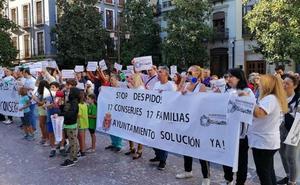 El Ayuntamiento de Granada desbloquea la subrogación de los conserjes escolares despedidos tras la nueva licitación