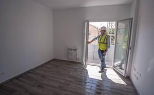 Los vecinos de Santa Adela recogen mañana las llaves de las nuevas viviendas