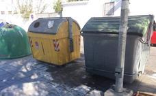 PSOE Motril denuncia la suciedad acumulada en la plaza de las Hermanas Mercedarias