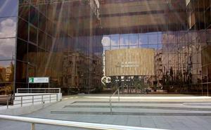 El juicio del caso Serrallo, con 17 acusados y más de 70 testigos y peritos, se celebrará en Caleta