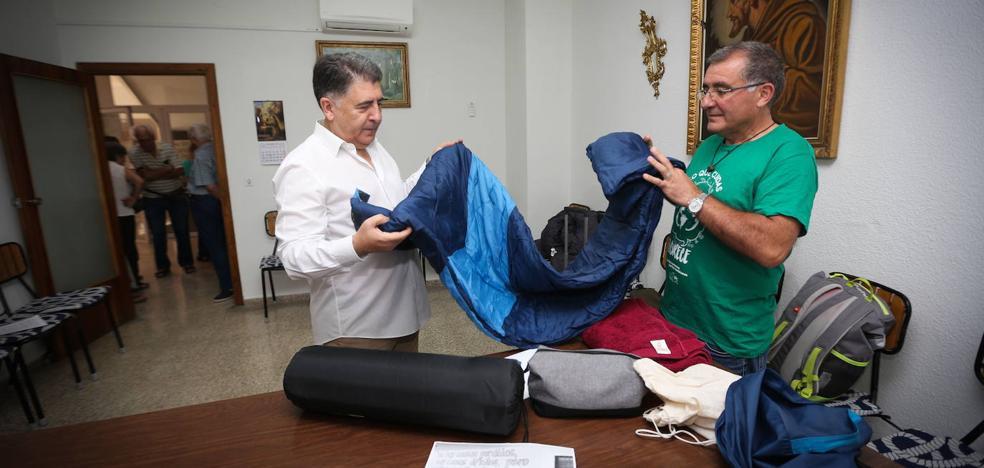 El gabinete de Pedro Sánchez escribe al defensor de Granada tras su encierro en Norte