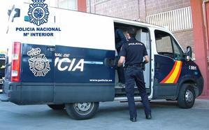 Investigan a una mujer de Gran Canaria por estafar a otra de Granada por Internet