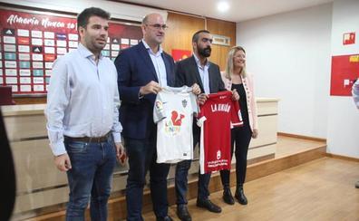 UD Almería, la Fundación y La Unión llevarán el fútbol a las zonas más desfavorecidas