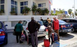 Dos tercios de los turistas españoles no pagan por alojarse en Granada