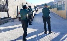 Más de siete años de cárcel para los hermanos que intentaron matar a un hombre a puñaladas en Deifontes
