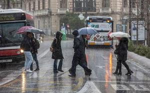 Llegan la lluvia y el frío a Granada: cinco días pasados por agua