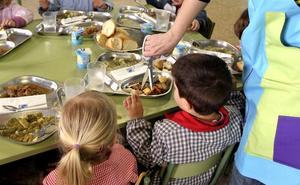 Incertidumbre entre las familias en la segunda semana sin comedor escolar en 37 colegios