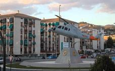 Resuelto el misterio del helicóptero de la rotonda de Granada: ¿Se mueve o no?