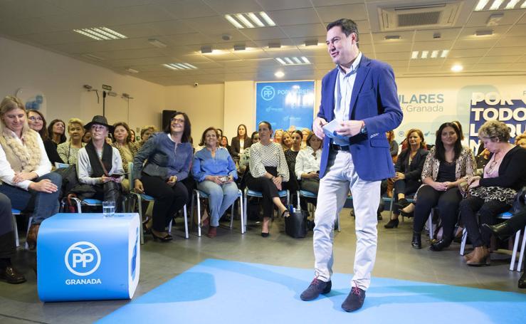 Juanma Moreno arenga a sus seguidores en Granada