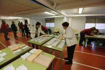 Todas las imágenes de la jornada electoral en Granada