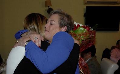 La primera mujer forense que tuvo la Audiencia Territorial de Granada recibe un homenaje en Órgiva con motivo de su jubilación
