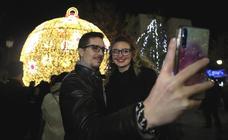 Así ha sido el encendido del alumbrado de Navidad en Granada