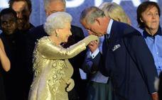 Isabel II planea retirarse pero sin renunciar al trono
