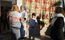 Así ha sido el desahucio aplazado a una familia de Zona Norte en Granada