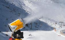 La estación de esquí estrena sus nuevos cañones de nieve
