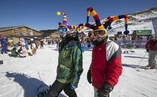 Unas 7.500 personas celebran el primer día de 2020 en Sierra Nevada