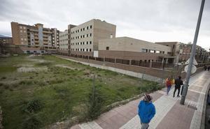 Los terrenos tras la antigua cárcel de Granada, opción para la Biblioteca de Andalucía
