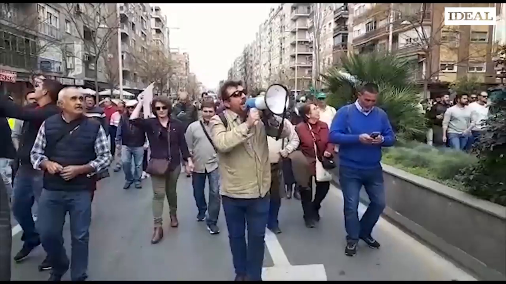 Así ha sido la histórica jornada de protestas del sector agrícola que ha paralizado Granada