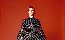Adiós al diseñador fetiche de David Bowie