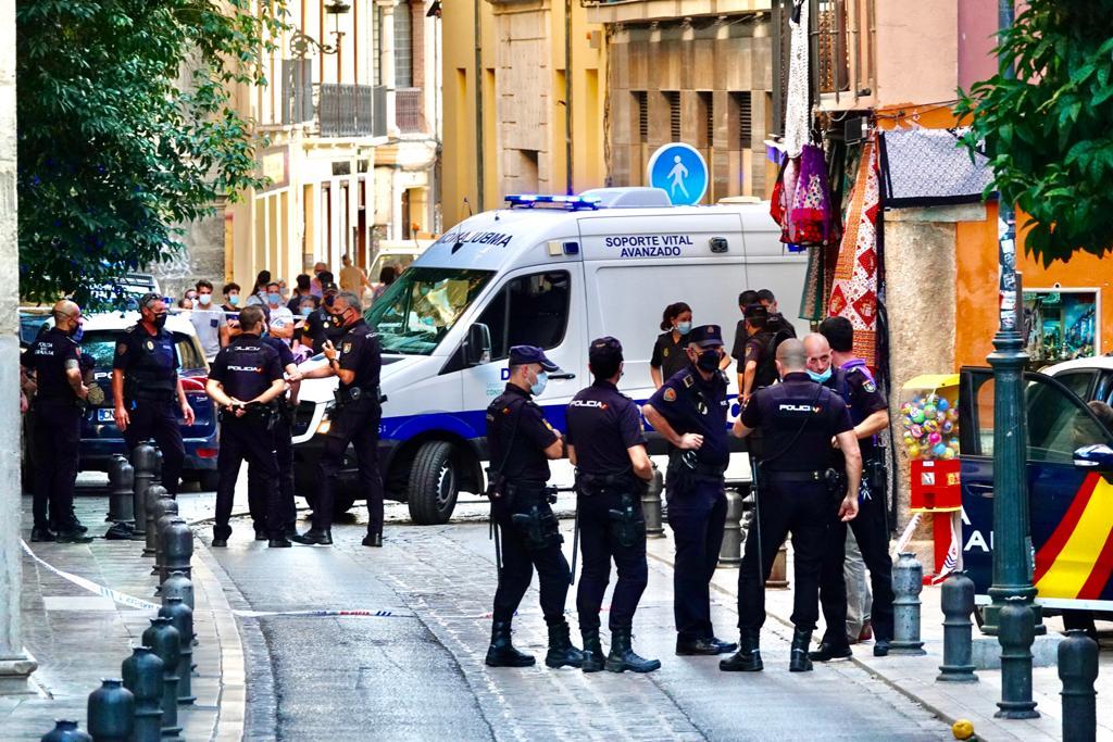 Tiroteo entre la Policía y un hombre en el entorno de la Catedral de Granada