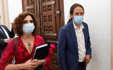 Iglesias corrige a Montero: los padres con hijos en cuarentena recibirán ayudas