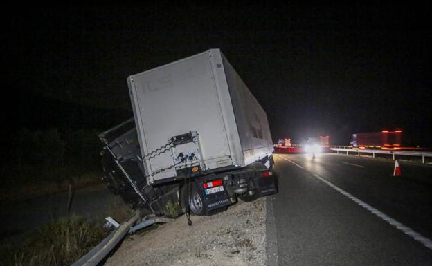 Accidente Iznalloz Motril Carril%20(1) KxDI 624x385@Ideal