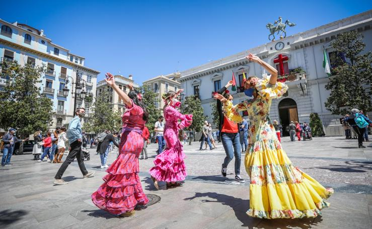 Granada se prepara para un Día de la Cruz diferente