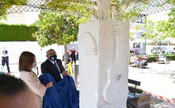 Cájar levanta un monumento a la copla