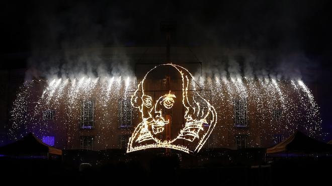 Shakespeare reina 450 años después