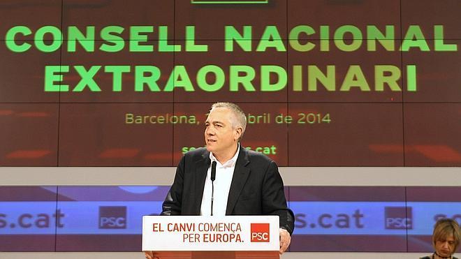 Navarro atribuye la agresión que sufrió al «clima de crispación» en Cataluña