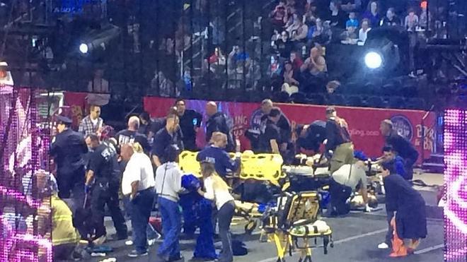 Nueve acróbatas heridos al caerse en un circo de Rhode Island