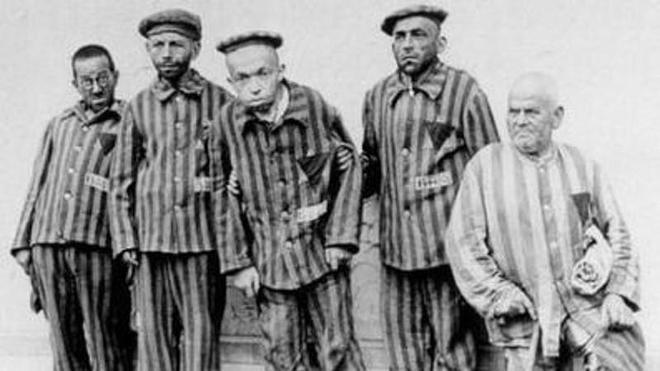 El tubo de ensayo del holocausto